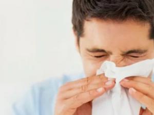 Медики рассказали о неизлечимом пока глазном гриппе