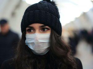 Эксперты не советуют использовать маски людям с болезнями легких