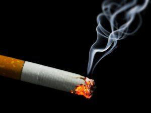Как курение влияет на коронавирус: неожиданные выводы ученых