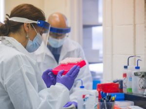 Специалисты усомнились в безопасности лекарства против коронавируса