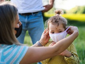 Выявлен характерный для детей симптом COVID-19