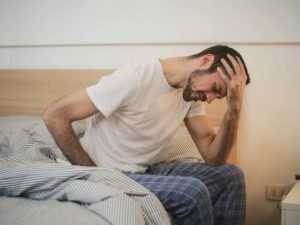 Ученые из Швейцарии перечислили симптомы длительного ковида