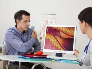 Кардиолог объяснила, как предотвратить тромбы при COVID-19