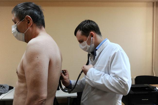 Длительный коронавирус: кто ему подвержен и каковы симптомы