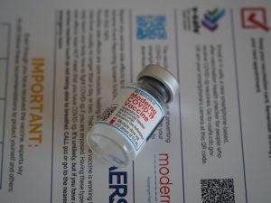 Вакцины от коронавируса нужно давать пациентам с ослабленным иммунитетом