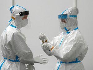 Вакцины становятся все менее эффективными в защите от коронавируса